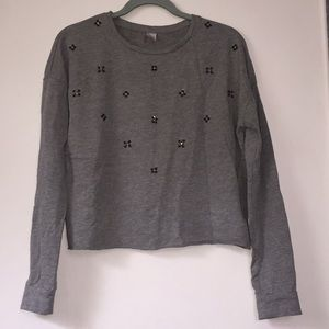 Gray Cropped long sleeve shirt